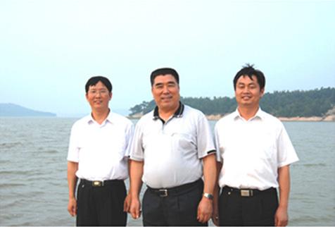 原省长李成玉在市委书记、市长陪同下视察铜山