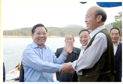 原海南省委书记卫留成在铜山湖